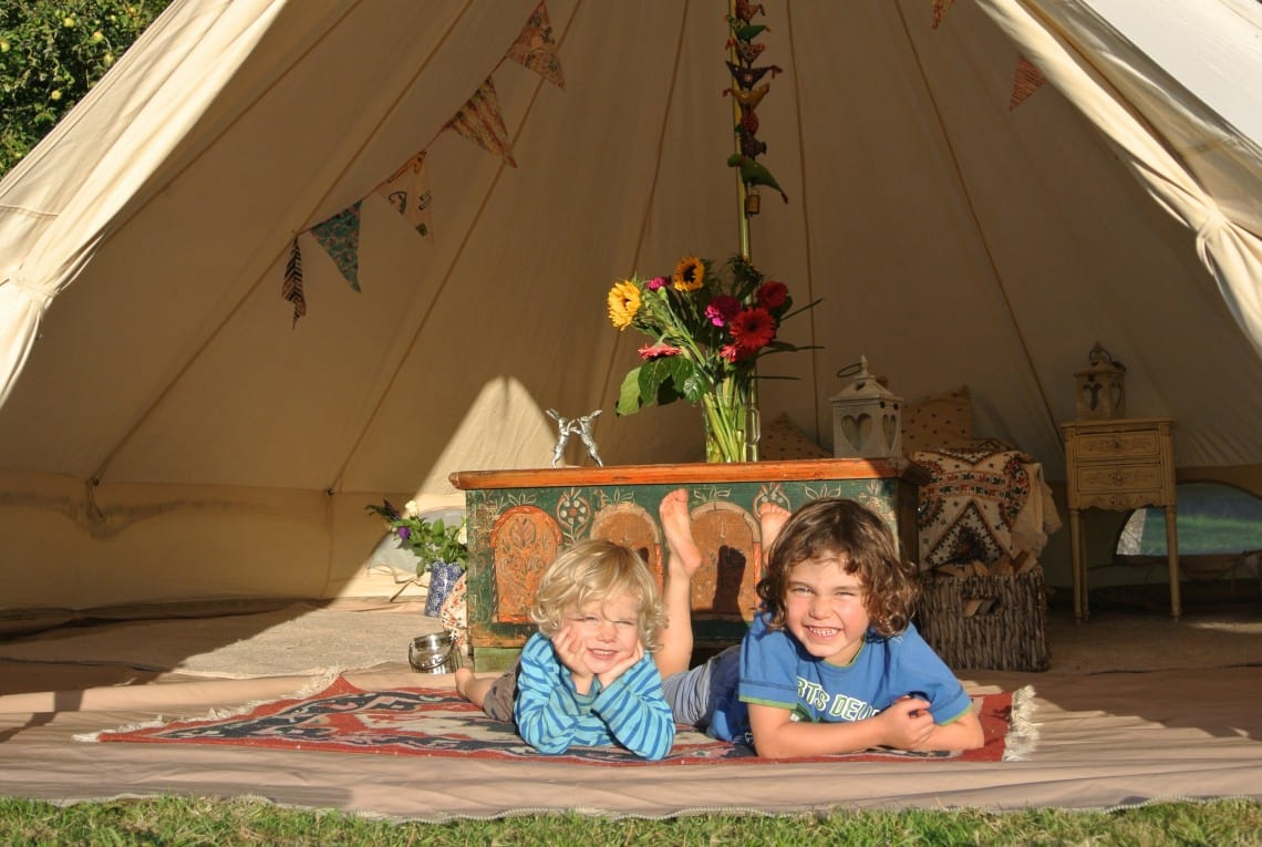 family glamping cotswolds